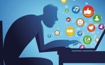 Муж зависает все время в социальной сети, что делать???